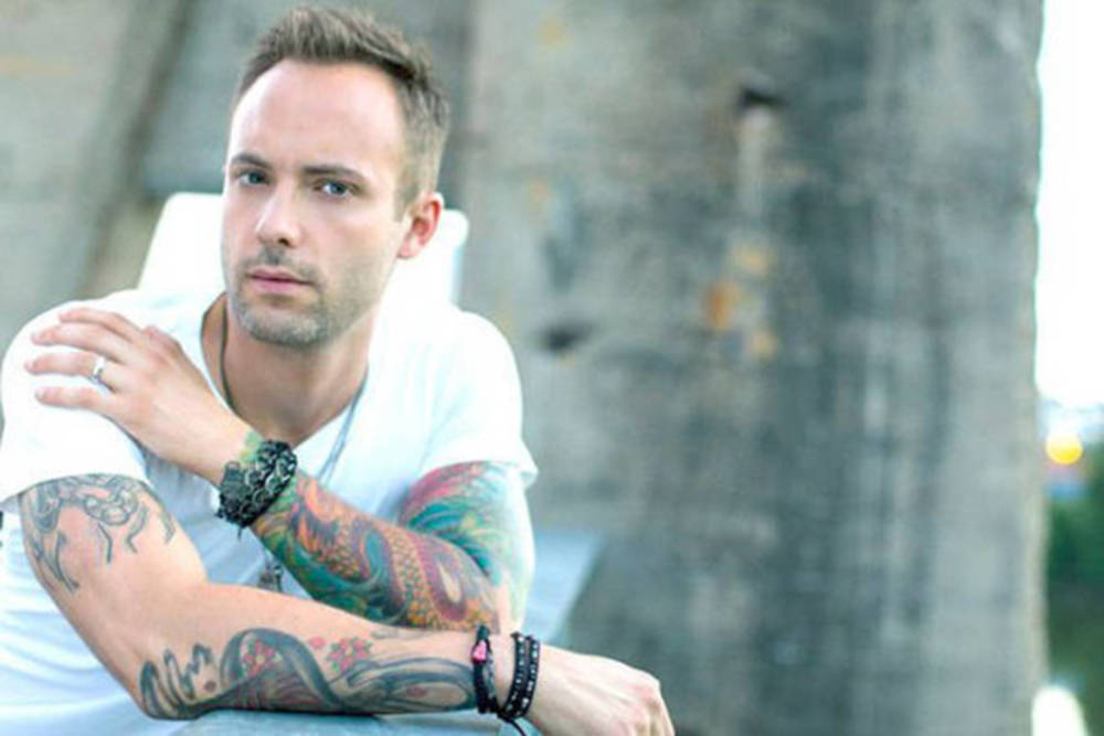 Country singer Dallas Smith calls out 'disgusting' behaviour at B.C. show